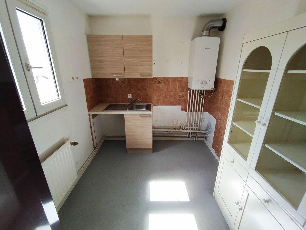 Appartement à vendre 2 48.9m2 à Royan vignette-5
