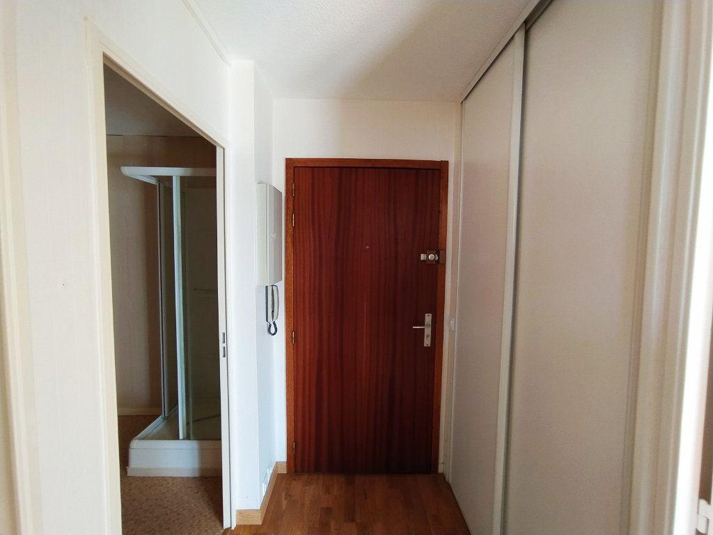 Appartement à vendre 2 48.9m2 à Royan vignette-7