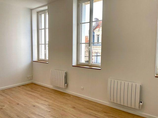 Appartement à louer 2 40.03m2 à Royan vignette-2