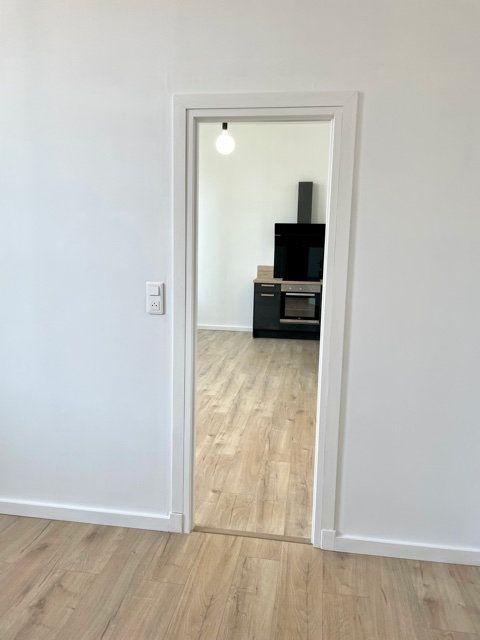 Appartement à louer 2 40.03m2 à Royan vignette-4