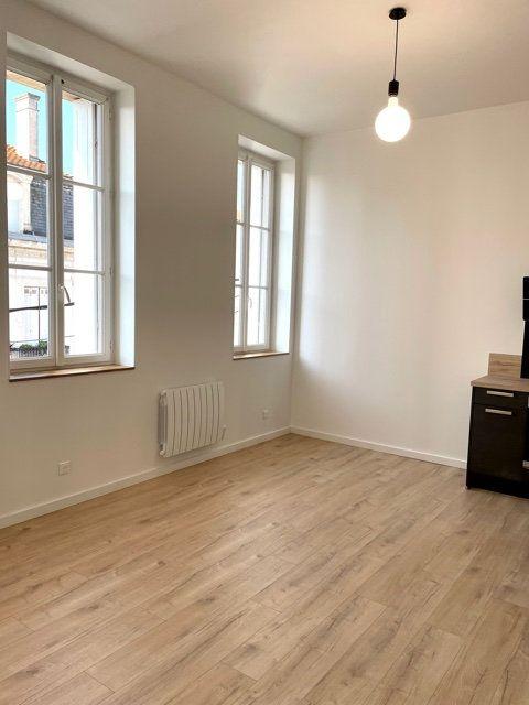 Appartement à louer 2 40.03m2 à Royan vignette-7