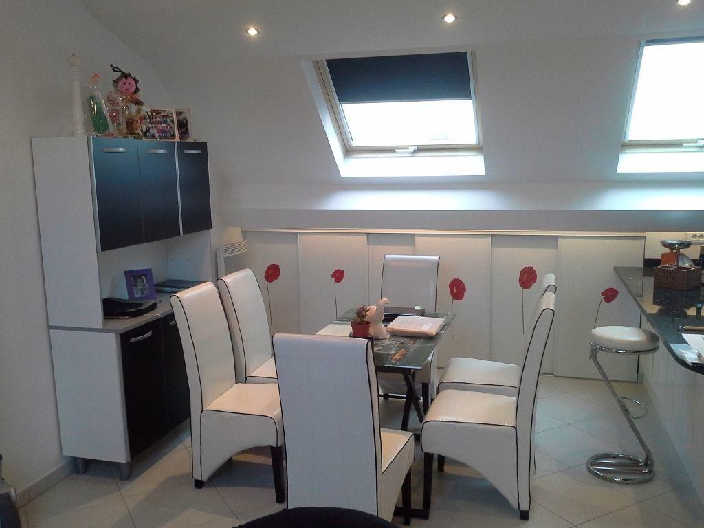 Appartement à louer 3 76.79m2 à Viry-Châtillon vignette-2
