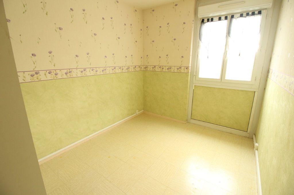 Appartement à louer 3 56.4m2 à Viry-Châtillon vignette-5