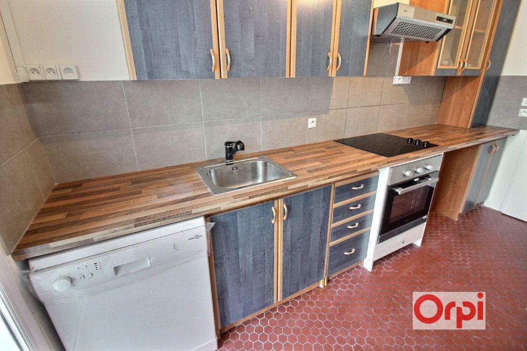 Appartement à louer 3 66m2 à Évry vignette-4