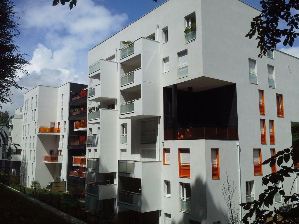 Appartement à louer 3 53m2 à Viry-Châtillon vignette-1