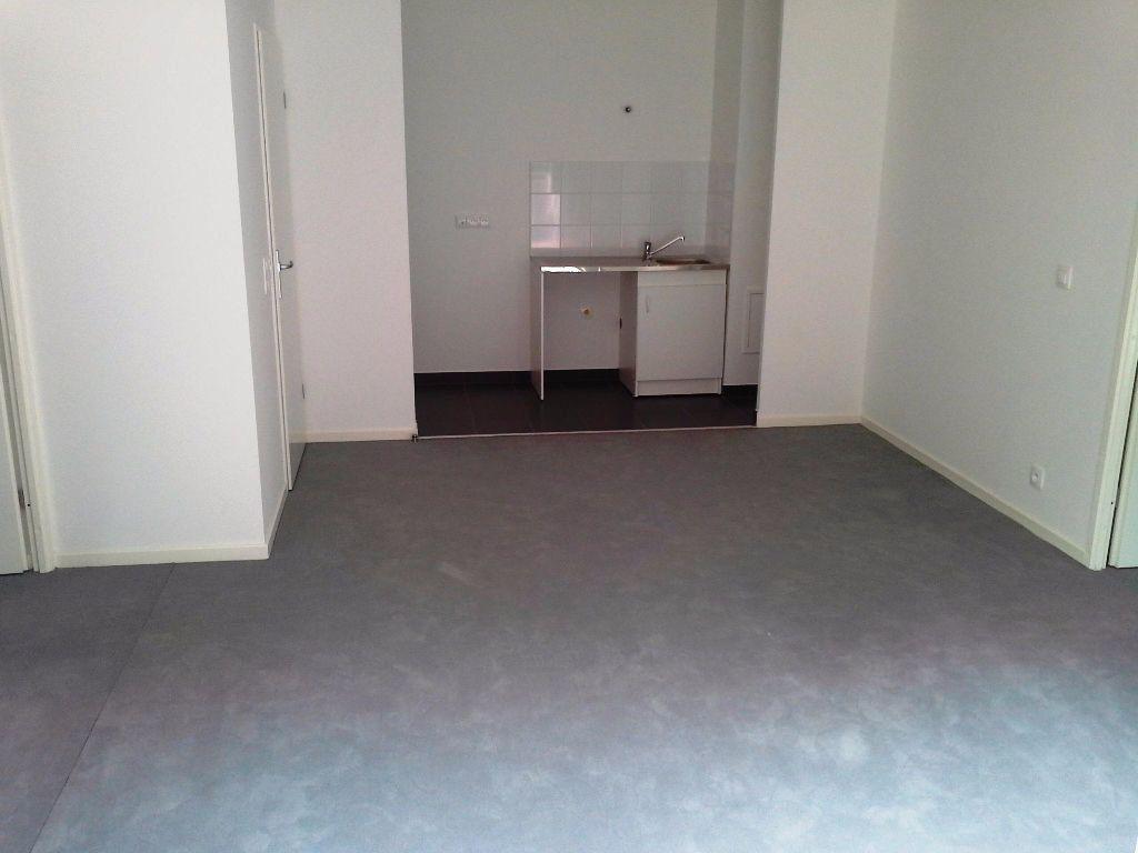 Appartement à louer 3 53m2 à Viry-Châtillon vignette-5