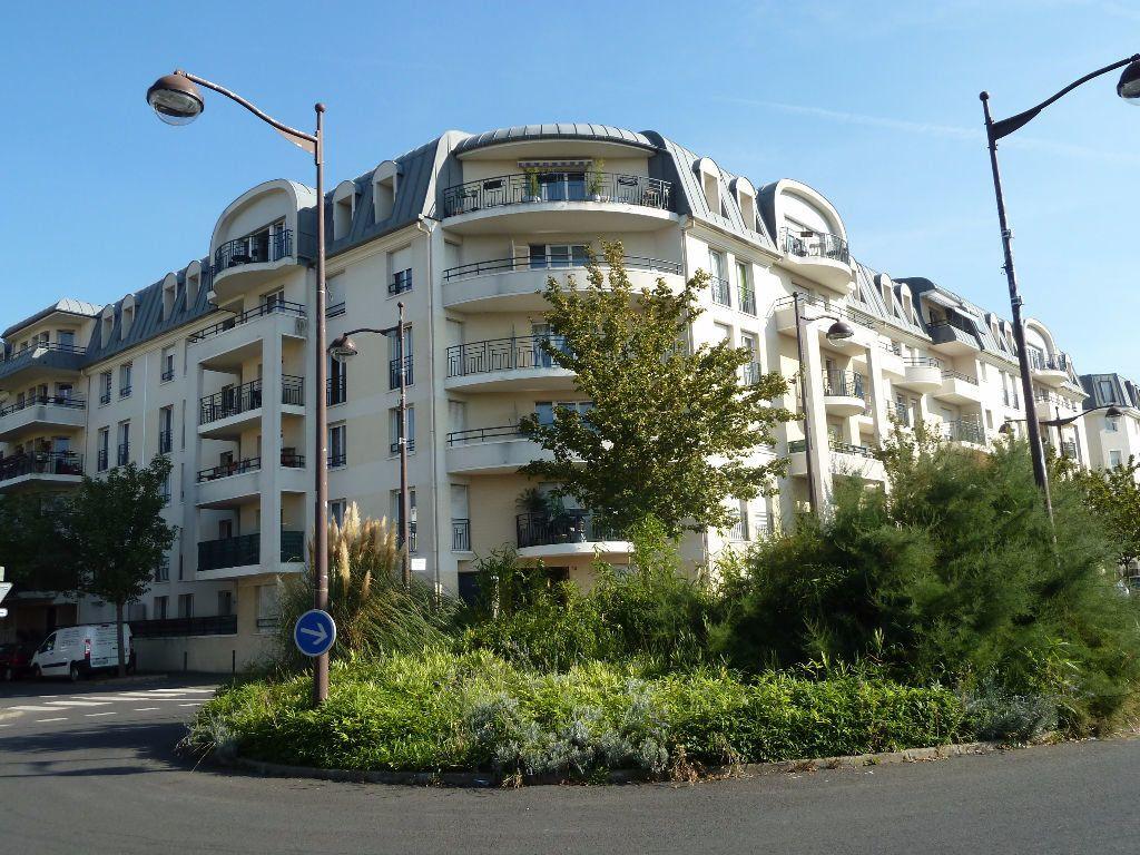 Appartement à louer 2 40.38m2 à Viry-Châtillon vignette-3