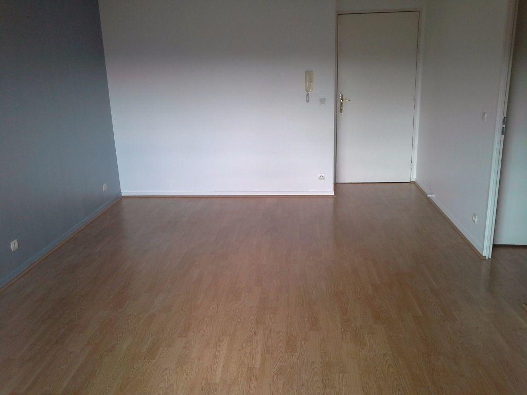 Appartement à louer 2 40.38m2 à Viry-Châtillon vignette-5