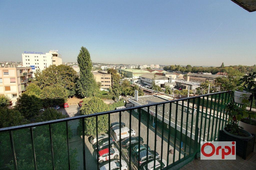 Appartement à vendre 4 64m2 à Viry-Châtillon vignette-1