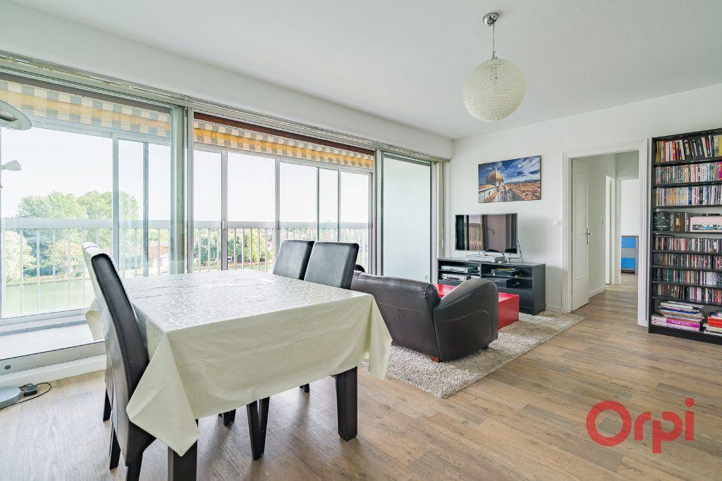 Appartement à vendre 3 75m2 à Juvisy-sur-Orge vignette-2