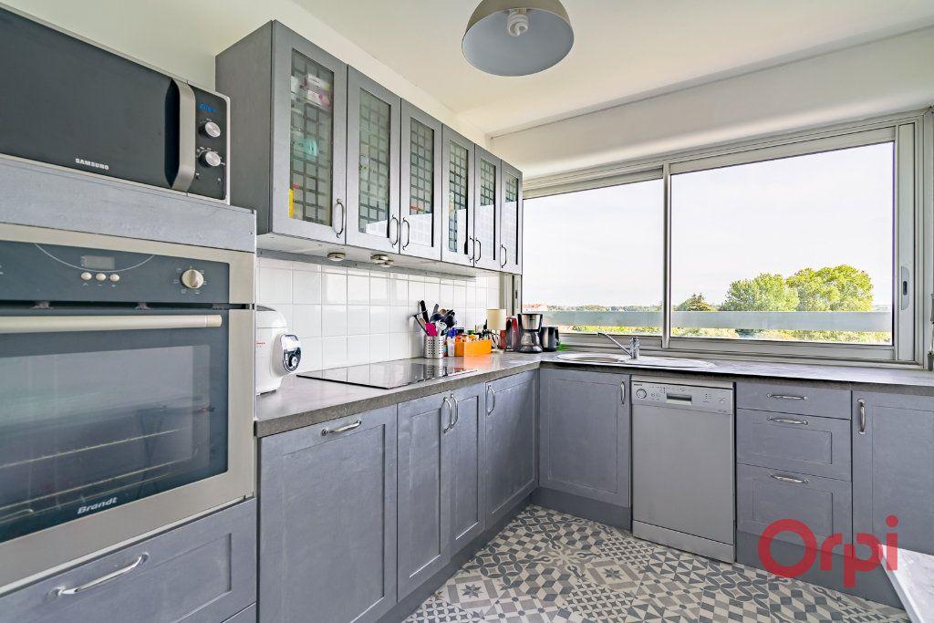 Appartement à vendre 3 75m2 à Juvisy-sur-Orge vignette-3
