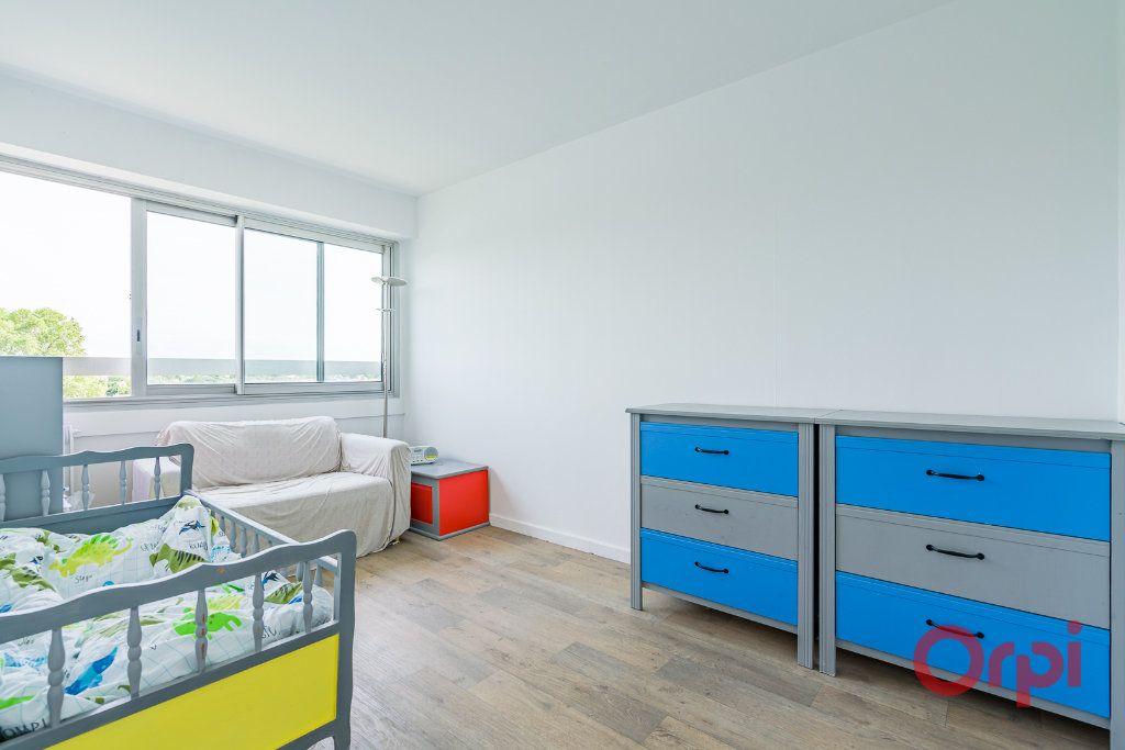Appartement à vendre 3 75m2 à Juvisy-sur-Orge vignette-4