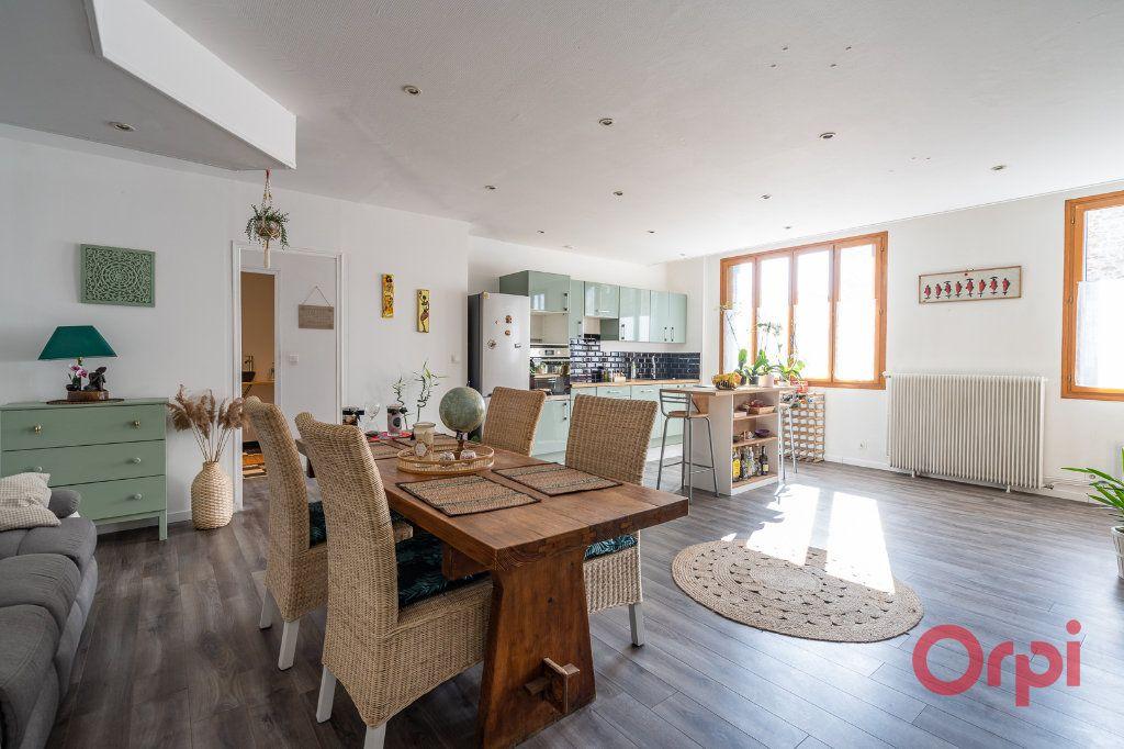 Appartement à vendre 4 116m2 à Vigneux-sur-Seine vignette-3
