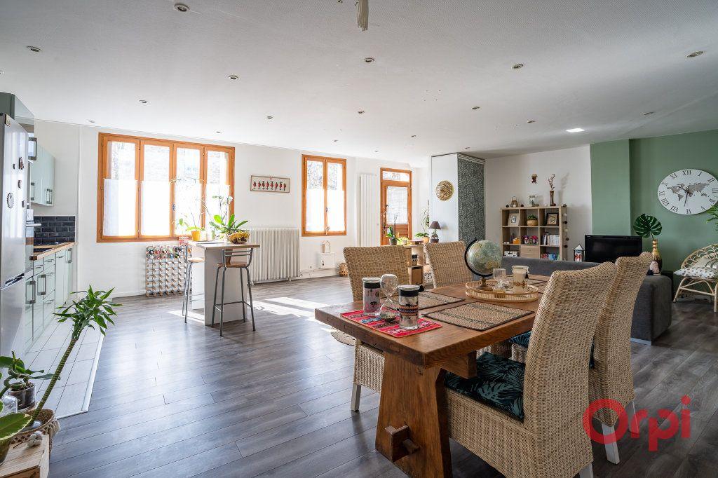 Appartement à vendre 4 116m2 à Vigneux-sur-Seine vignette-4