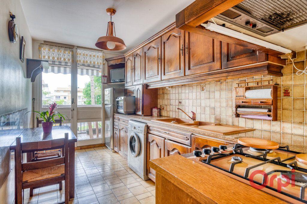 Appartement à vendre 4 76m2 à Draveil vignette-6