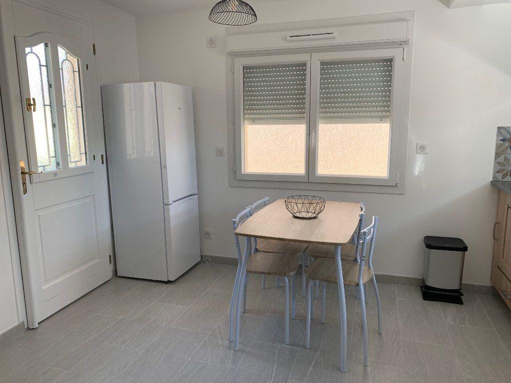 Maison à louer 3 33.22m2 à Vigneux-sur-Seine vignette-3