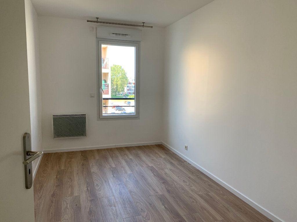 Appartement à louer 3 60m2 à Vigneux-sur-Seine vignette-3