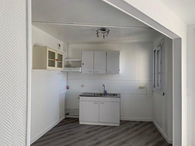 Appartement à louer 1 34m2 à Ris-Orangis vignette-3