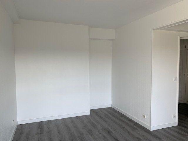 Appartement à louer 1 34m2 à Ris-Orangis vignette-4