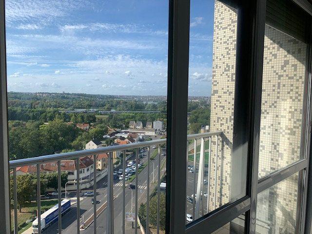 Appartement à louer 1 34m2 à Ris-Orangis vignette-5