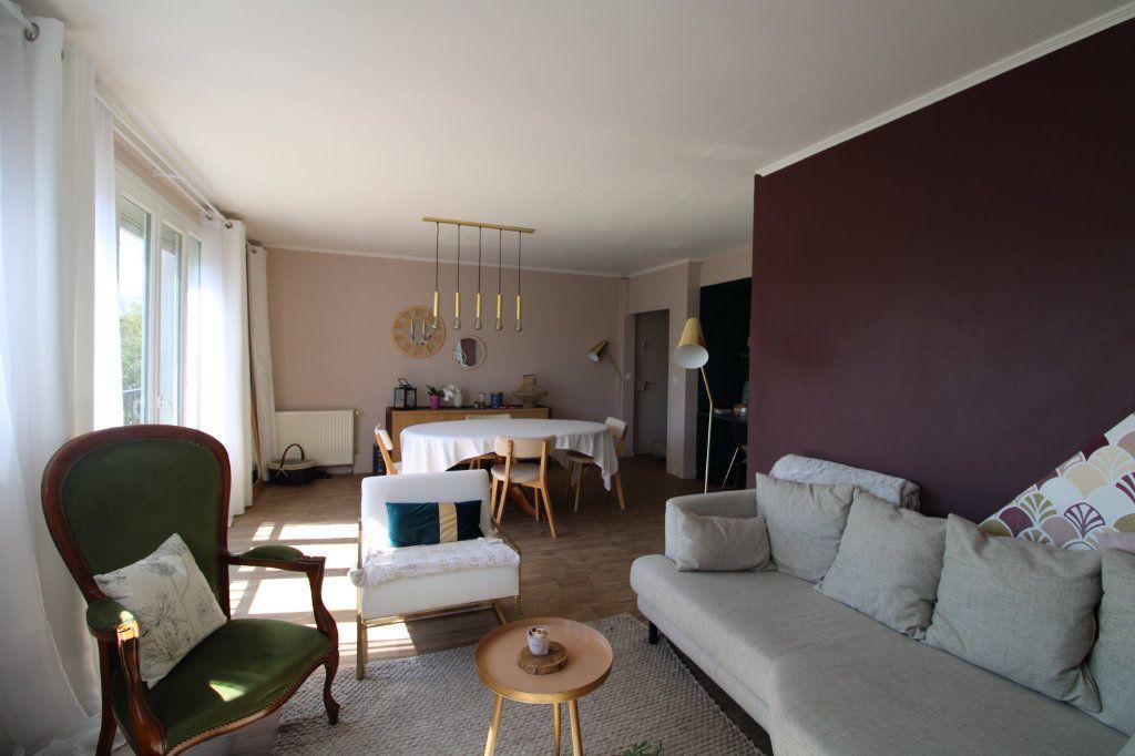 Appartement à vendre 4 85.54m2 à Saint-Germain-lès-Arpajon vignette-4