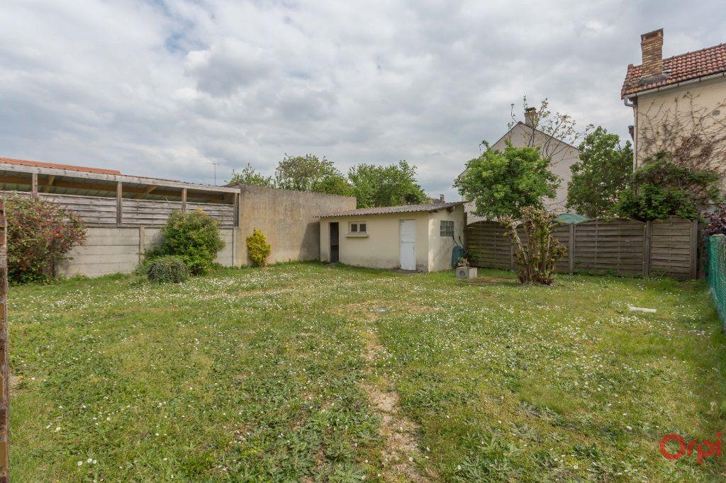 Maison à vendre 5 67m2 à Sainte-Geneviève-des-Bois vignette-3