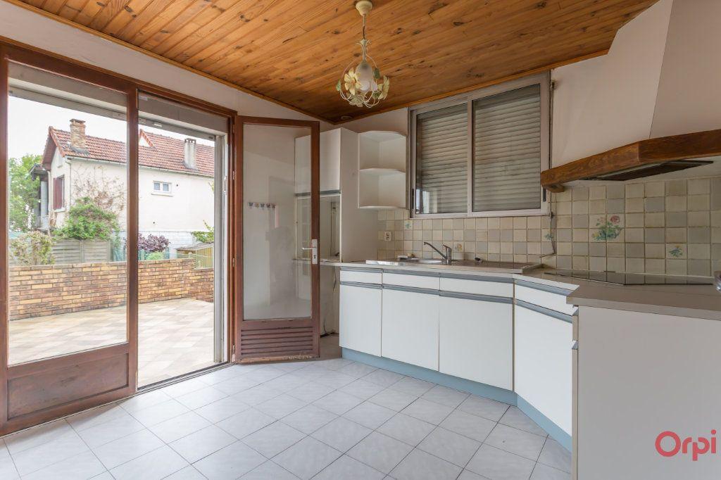 Maison à vendre 5 67m2 à Sainte-Geneviève-des-Bois vignette-8
