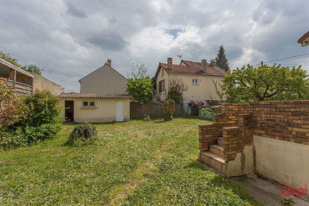 Maison à vendre 5 67m2 à Sainte-Geneviève-des-Bois vignette-13