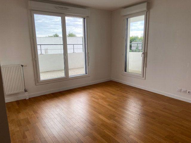 Appartement à louer 3 53.85m2 à Saint-Michel-sur-Orge vignette-3