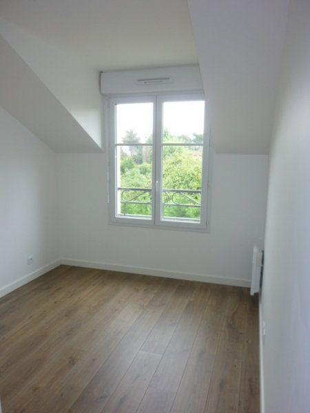 Appartement à louer 3 59.75m2 à Saint-Michel-sur-Orge vignette-2
