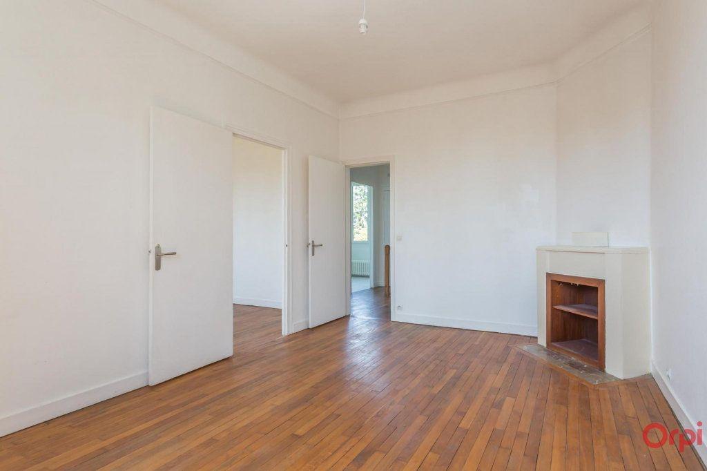 Appartement à louer 3 57.43m2 à Sainte-Geneviève-des-Bois vignette-6