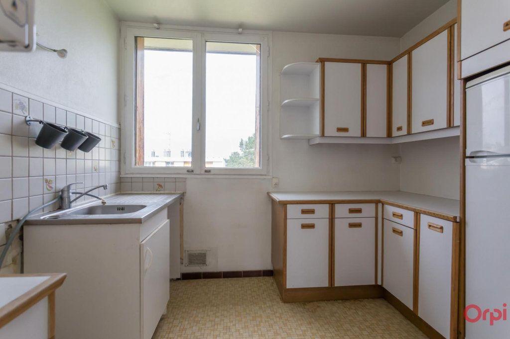 Appartement à louer 3 56m2 à Sainte-Geneviève-des-Bois vignette-3