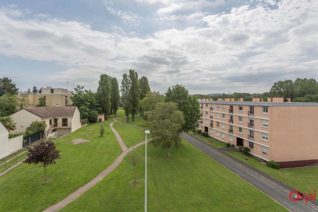 Appartement à louer 3 56m2 à Sainte-Geneviève-des-Bois vignette-7