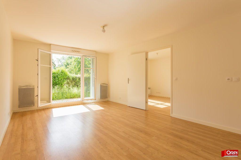 Appartement à louer 2 47.53m2 à Saint-Michel-sur-Orge vignette-1