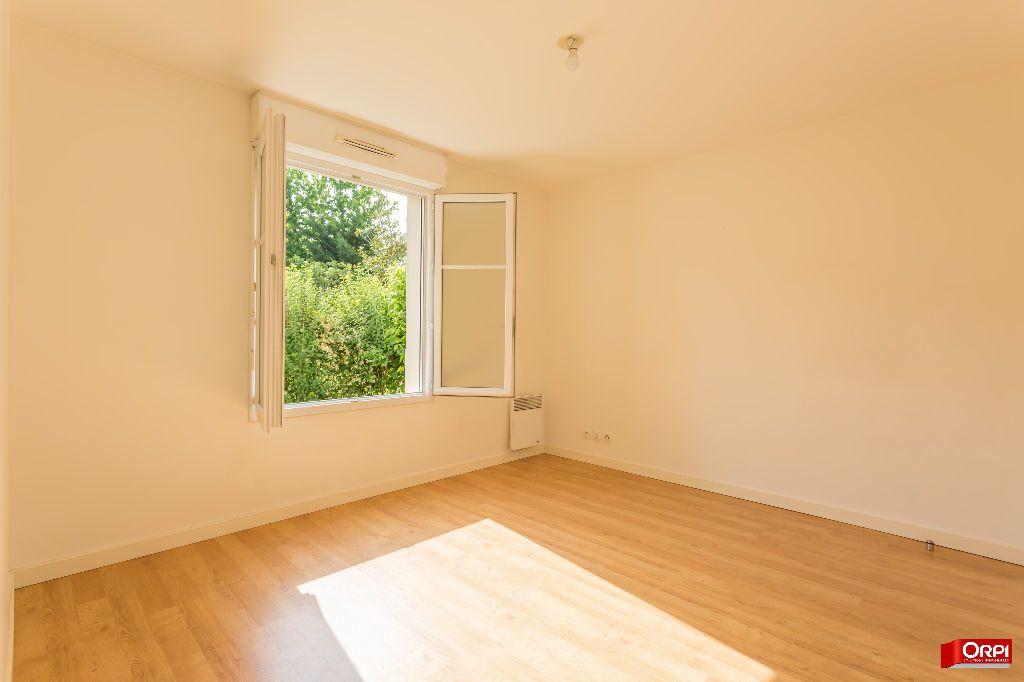 Appartement à louer 2 47.53m2 à Saint-Michel-sur-Orge vignette-3
