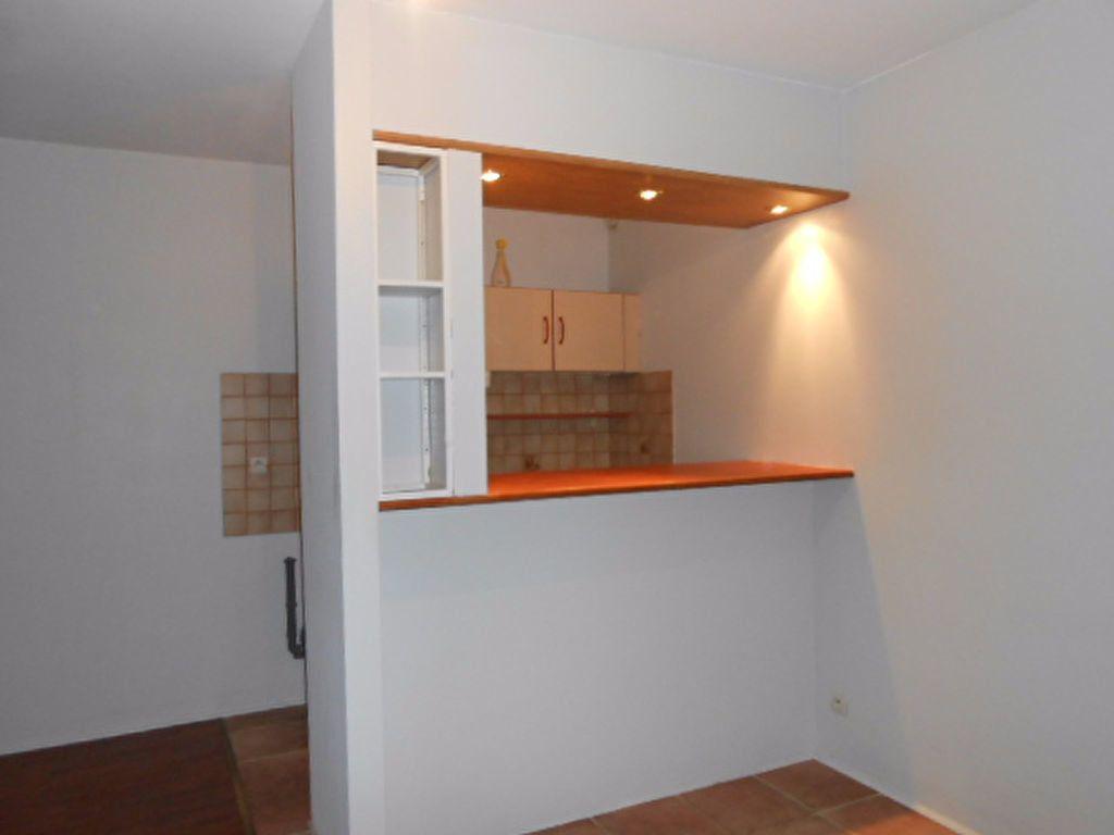 Appartement à louer 1 29.92m2 à Arpajon vignette-4