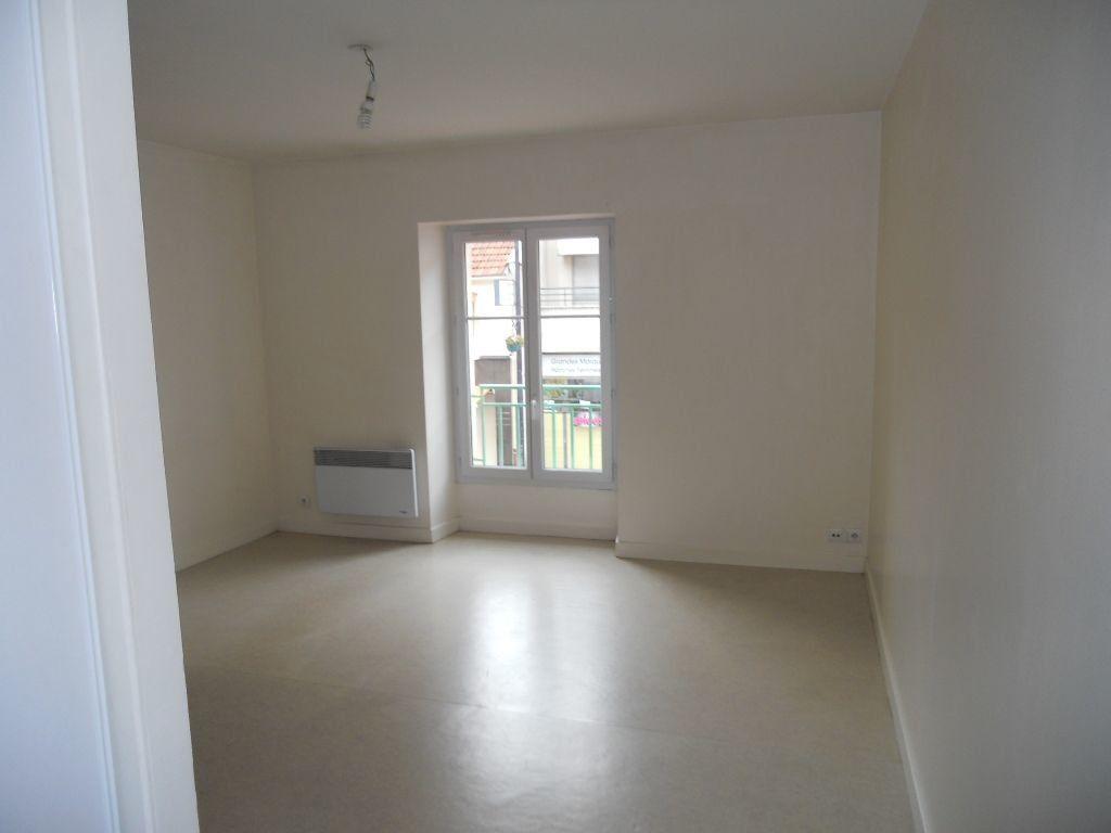 Appartement à louer 2 38m2 à Antony vignette-1