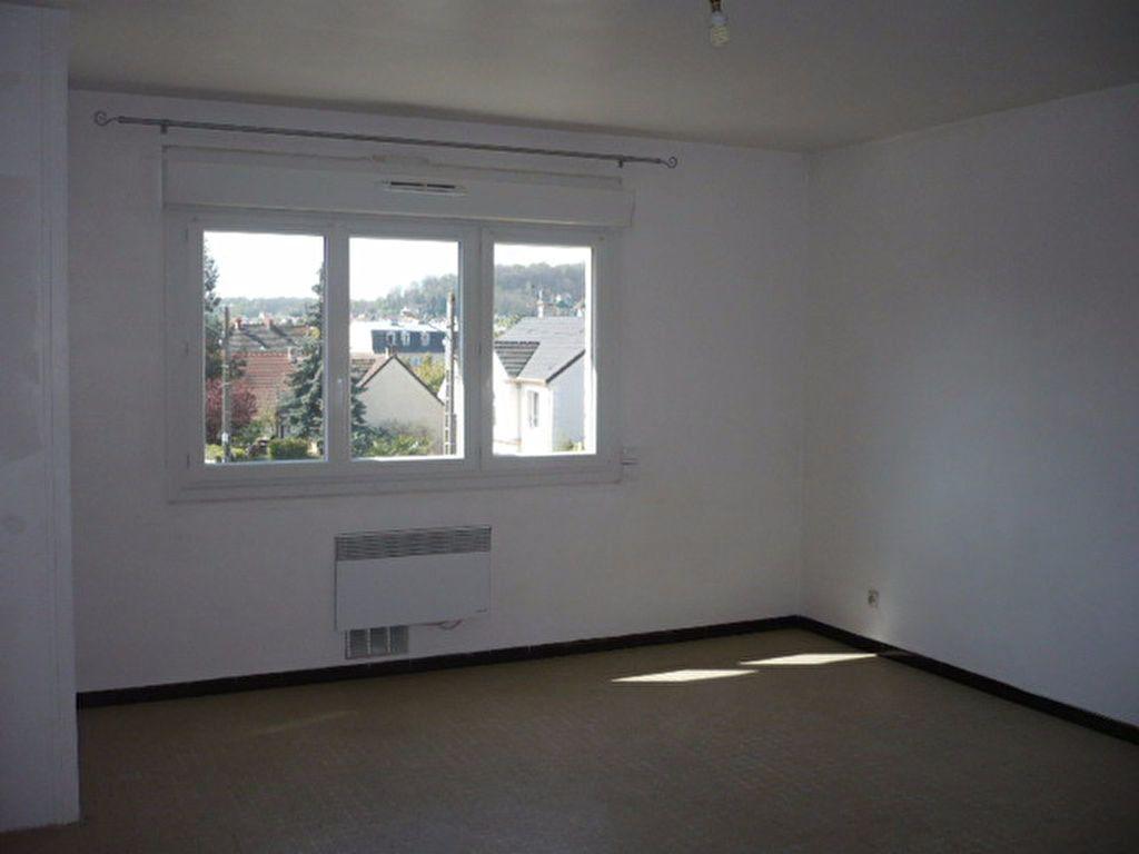 Appartement à louer 1 21.71m2 à La Ville-du-Bois vignette-2