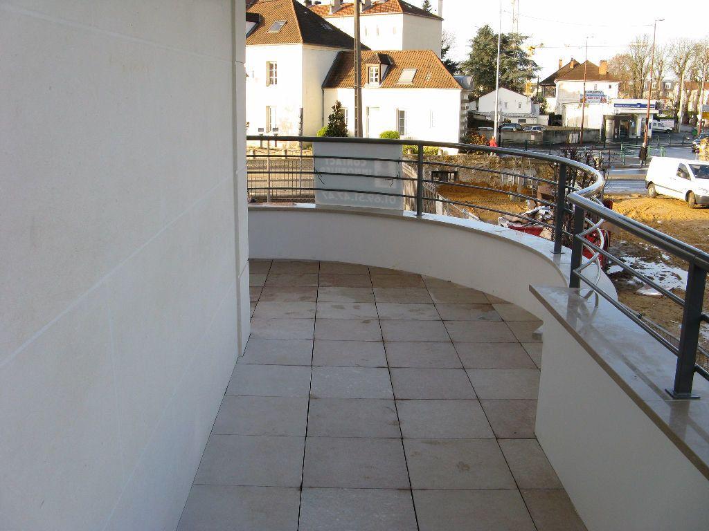 Appartement à louer 2 54.08m2 à Sainte-Geneviève-des-Bois vignette-5