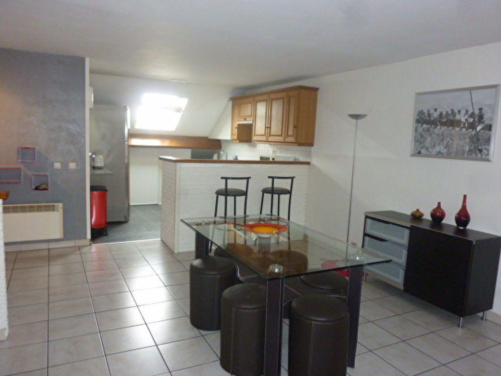 Appartement à louer 4 72m2 à Sainte-Geneviève-des-Bois vignette-4