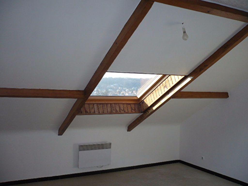 Appartement à louer 1 14.22m2 à La Ville-du-Bois vignette-2