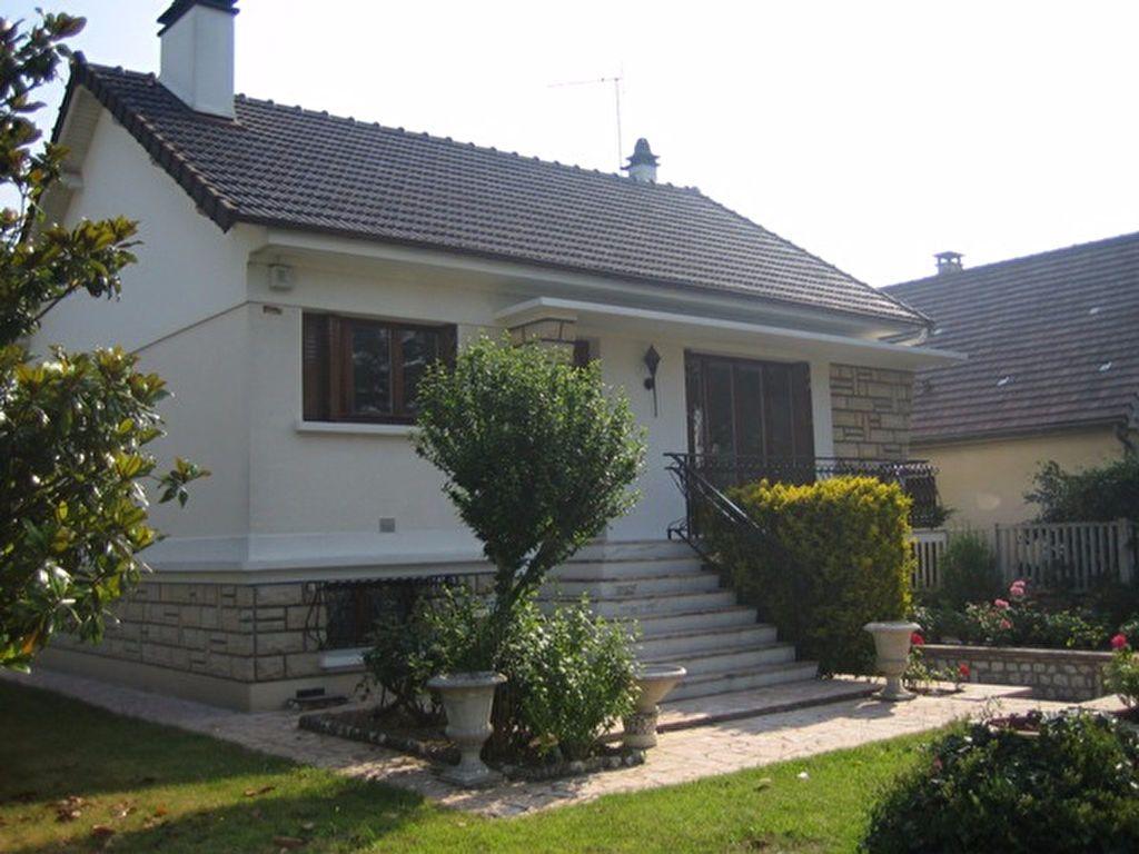 Maison à louer 3 61.4m2 à Sainte-Geneviève-des-Bois vignette-1