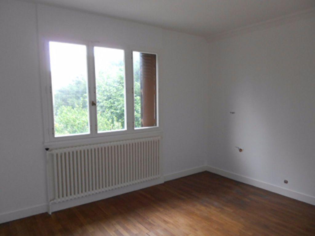 Maison à louer 3 61.4m2 à Sainte-Geneviève-des-Bois vignette-6