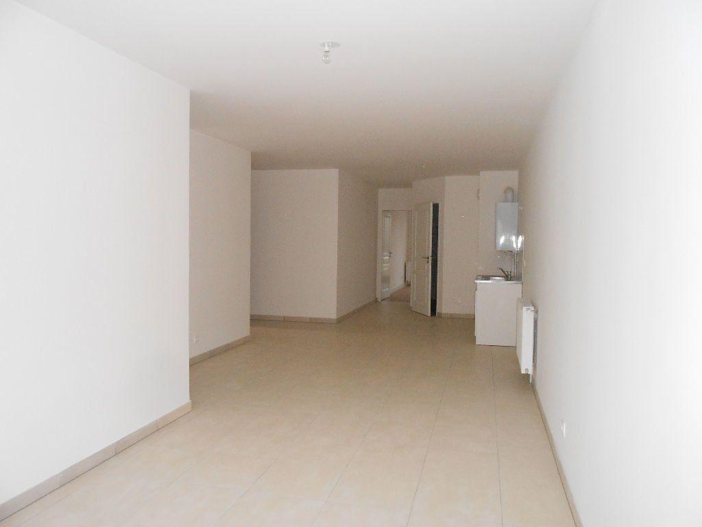 Appartement à louer 2 53.6m2 à Sainte-Geneviève-des-Bois vignette-4