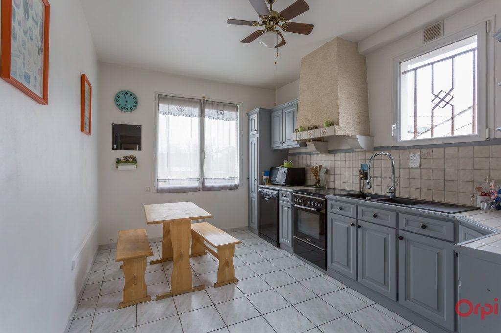 Maison à vendre 6 150m2 à Sainte-Geneviève-des-Bois vignette-10