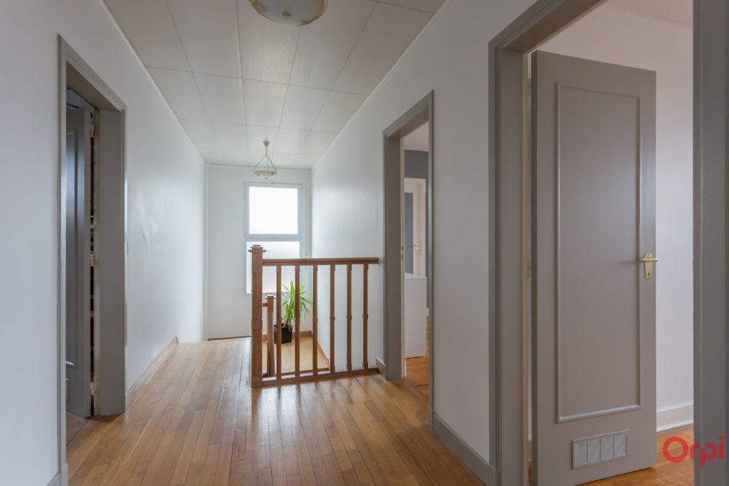 Maison à vendre 6 150m2 à Sainte-Geneviève-des-Bois vignette-15
