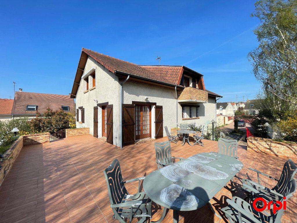 Maison à vendre 8 225m2 à Saint-Michel-sur-Orge vignette-2