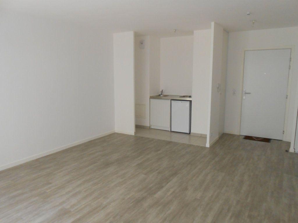 Appartement à louer 1 33.15m2 à Juvisy-sur-Orge vignette-2