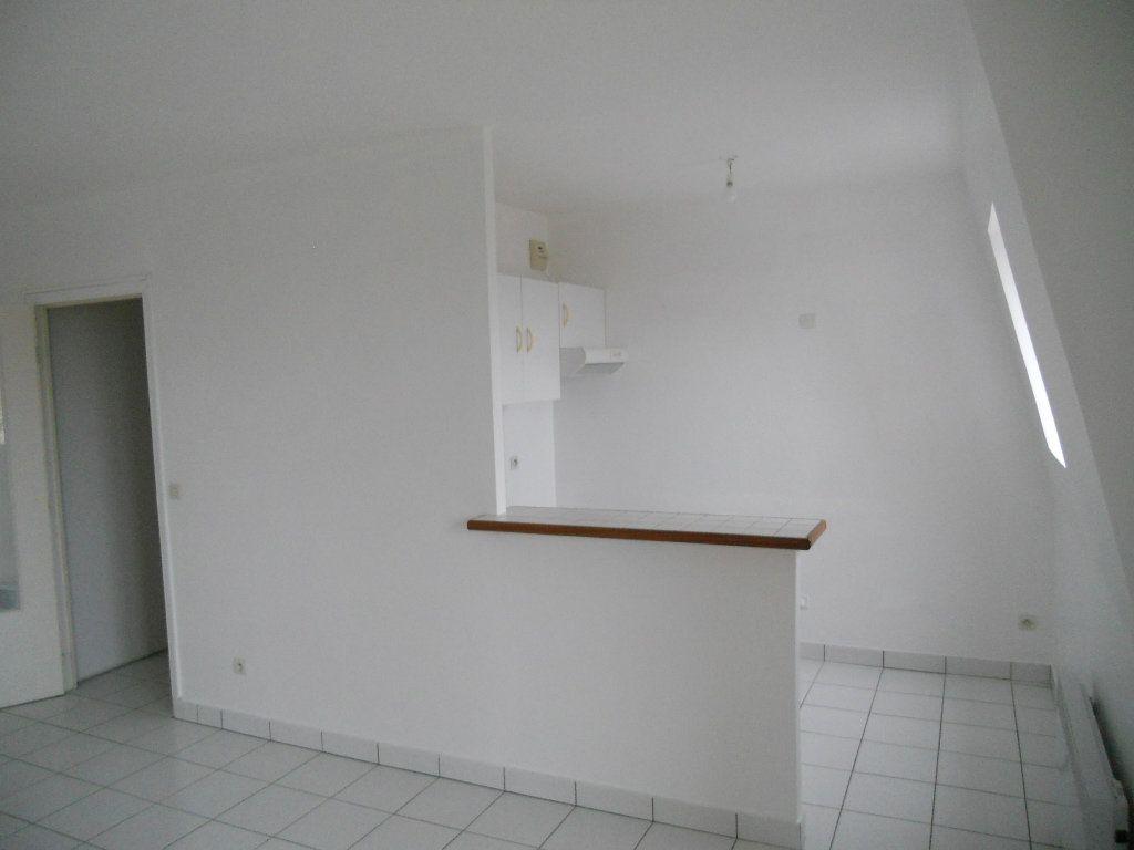 Appartement à louer 2 41m2 à Cheptainville vignette-3
