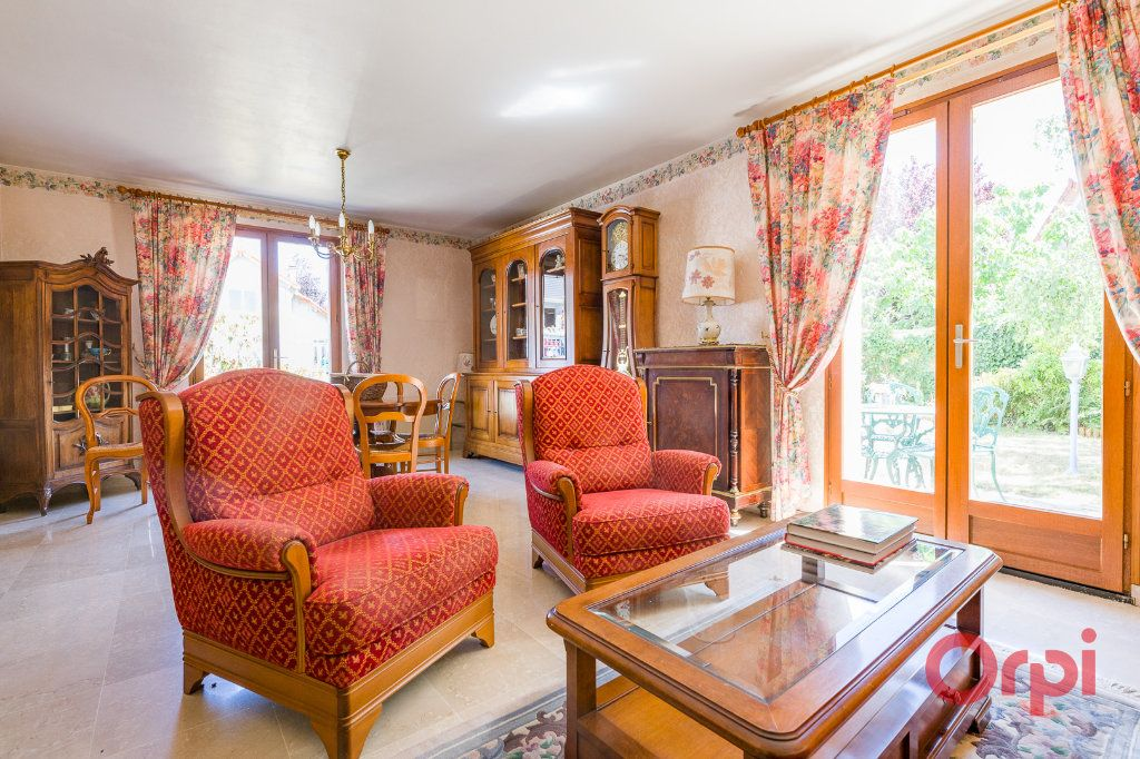 Maison à vendre 6 125m2 à Saint-Michel-sur-Orge vignette-2